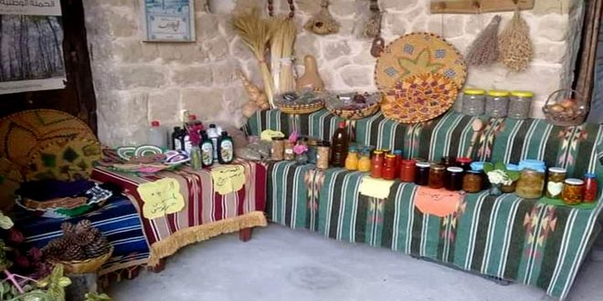 معرض لمنتجات المرأة الريفية في قرية المقرمدة بريف طرطوس